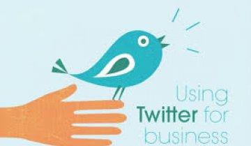 """Twitter đâm chọt Facebook: """"Bạn có thể reach đến 30% followers của mình, miễn phí"""""""